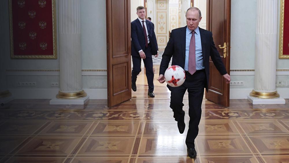 The Washington Post: Путин ведет беспроигрышную игру, иэто создает для него опасность