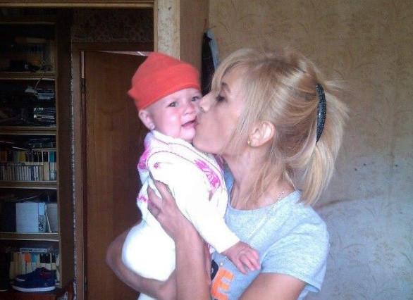 ВМоскве полицейские отобрали годовалую дочь угражданки Узбекистана