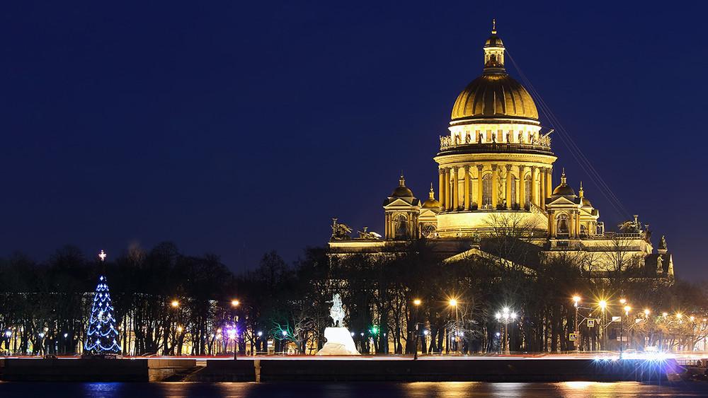 Исаакиевский собор передадут РПЦ. Ачто изменится?