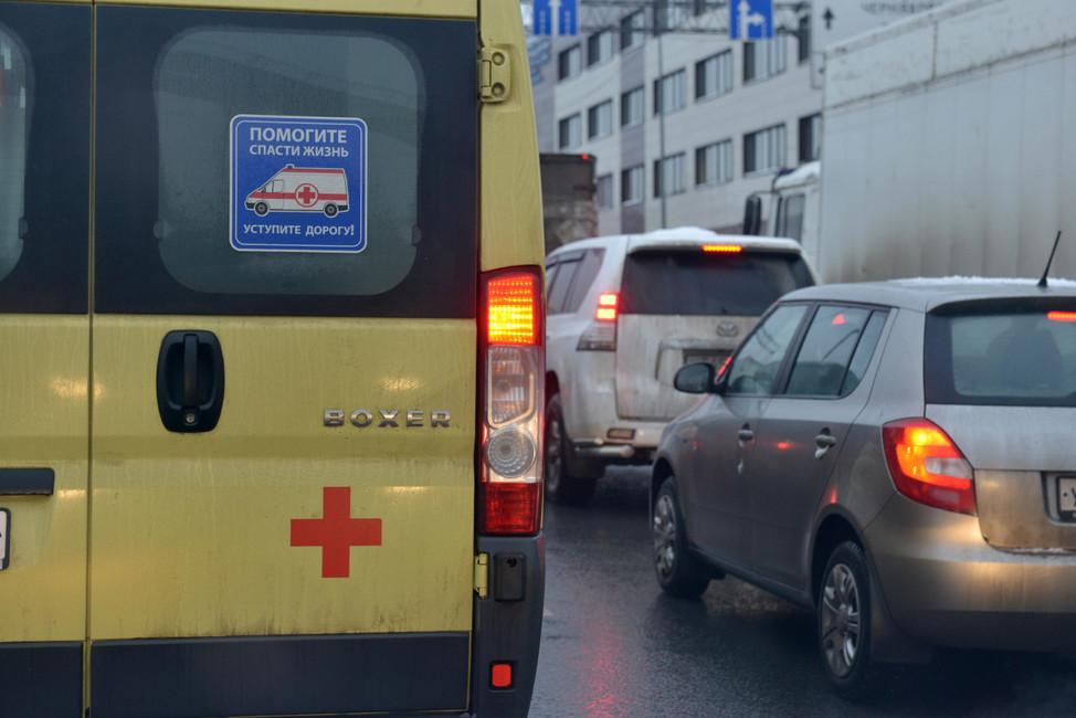 Что ждет водителя, непропустившего скорую помощь вПетропавловске-Камчатском