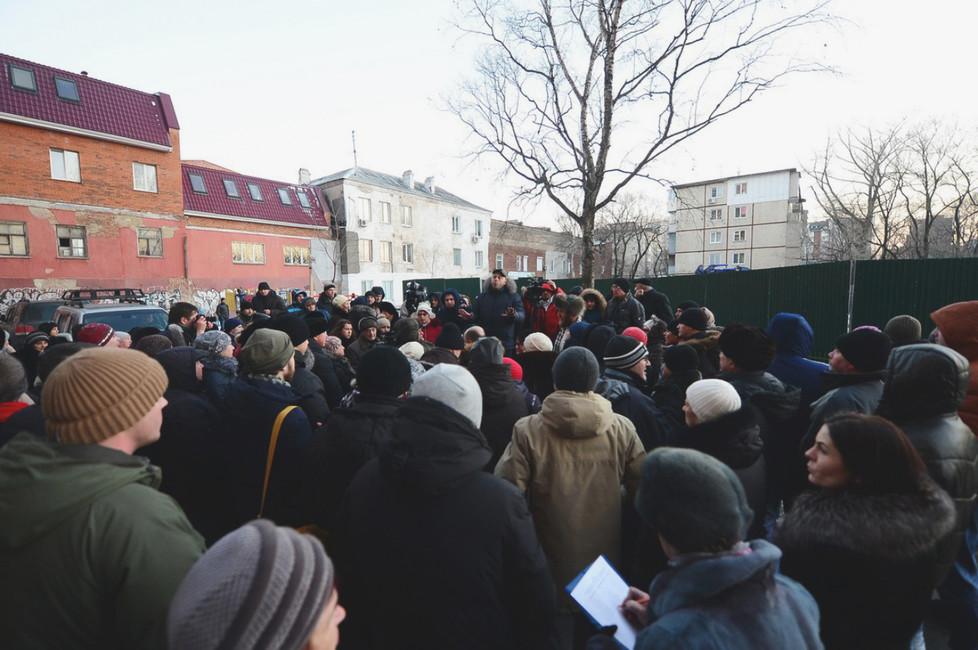 ВоВладивостоке прошел митинг против строительства супермаркета