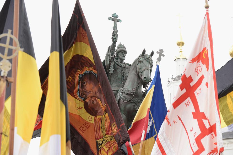СКвызвал надопрос организатора пикетов против установки памятника Ивану Грозному