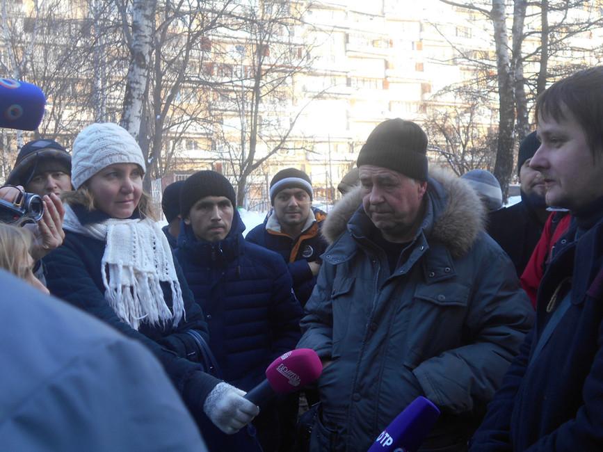 Представитель трудинспекции иГригорий Сивачев. Фото: rwp.ru