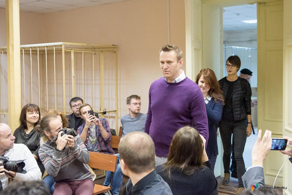 «Спамятью уменя плохо стало». Допрос ключевых свидетелей поделу Навального иОфицерова