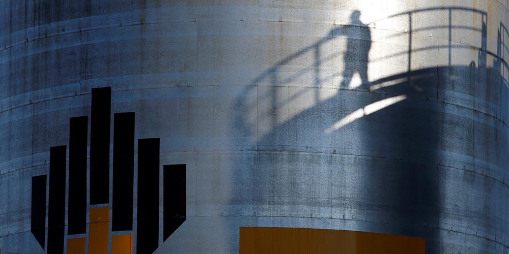 Reuters: «Как Россия продала свою нефтяную жемчужину— инесказала, кому»