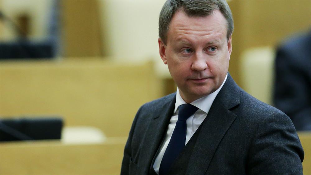 Миллионер, коммунист, эмигрант. Что известно оэкс-депутате Вороненкове, давшем показания огосизмене Януковича