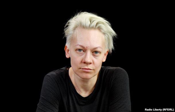 Оксана Шалыгина, соратница Павленского, мать двух его дочерей. Фото: Радио Свобода