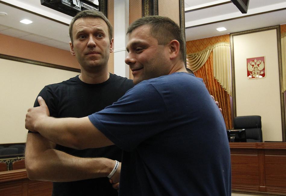 Алексей Навальный иПетр Офицеров, 2013год. Фото: Сергей Карпухин/ Reuters