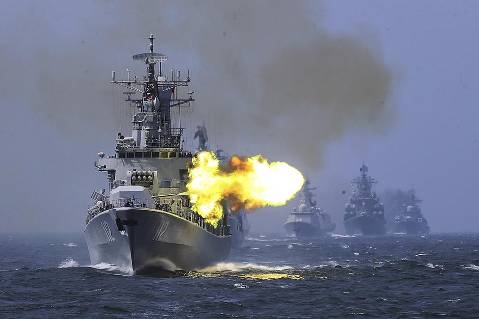 Российско-китайские военно-морские учения вВосточно-Китайском море. Фото: AP/ East News