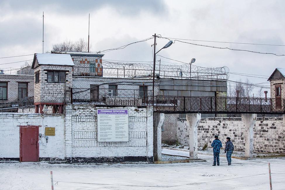 Вход вИК-7, Сегежа. Фото: Давид Френкель/ Коммерсантъ