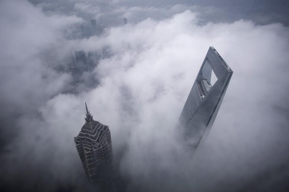 Небоскребы шанхайского торгового центра. Фото: Reuters