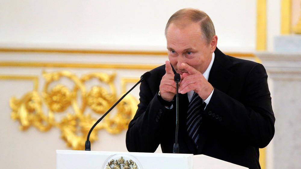 <p>Станислав Белковский: &laquo;Путин желает себе скорейшего выздоровления&raquo;</p>