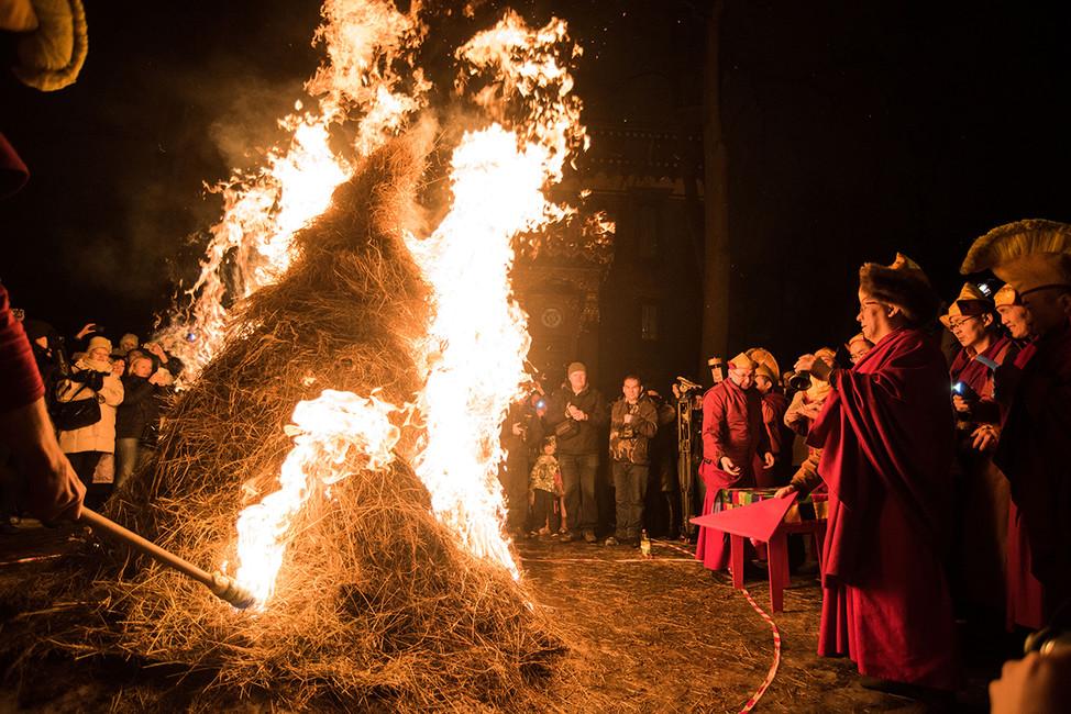 Празднование буддийского Нового года. Фото: Сергей Николаев/ Интерпресс/ ТАСС