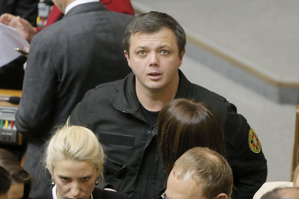 Семен Семенченко вВерхновной раде. Фото: Efrem Lukatsky/ AP/ East News