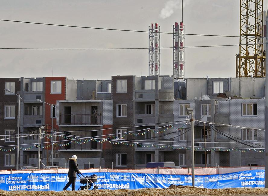 Строительство жилых домов натерритории Новой Москвы. Фото: Сергей Бобылев/ ИТАР-ТАСС