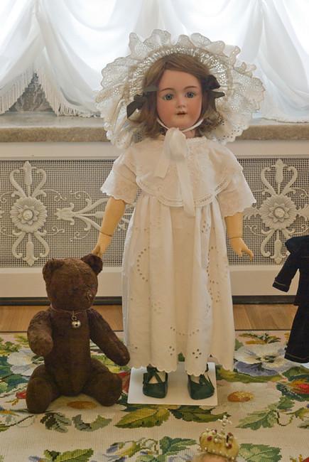 Куклы детей царской семьи Николая II. Источник: luv-vie.livejournal.com