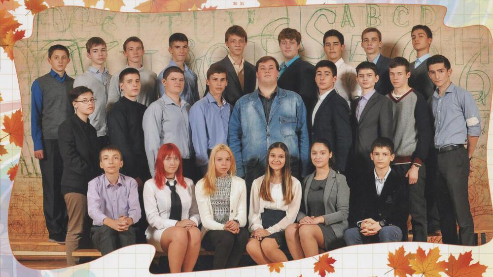 ВКрасногорске учитель арестован запоказ подросткам порно. Родители иученики говорят, что его оклеветали