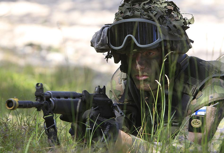 «Русские скоро придут, амыбез штанов». Армия РФзагоняет Швецию иФинляндию ввоенные структуры НАТО