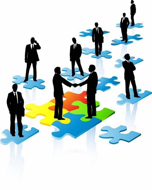 Взаимопритягивающимся здравыи смыслом, образовать центр социальных взаимодействий