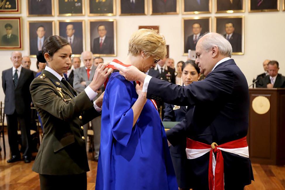 Роберта Пинотти. Фото: MINISTRO CONDECORÓ ASUHOMÓLOGA ITALIANA ROBERTA PINOTTI/ Flicr