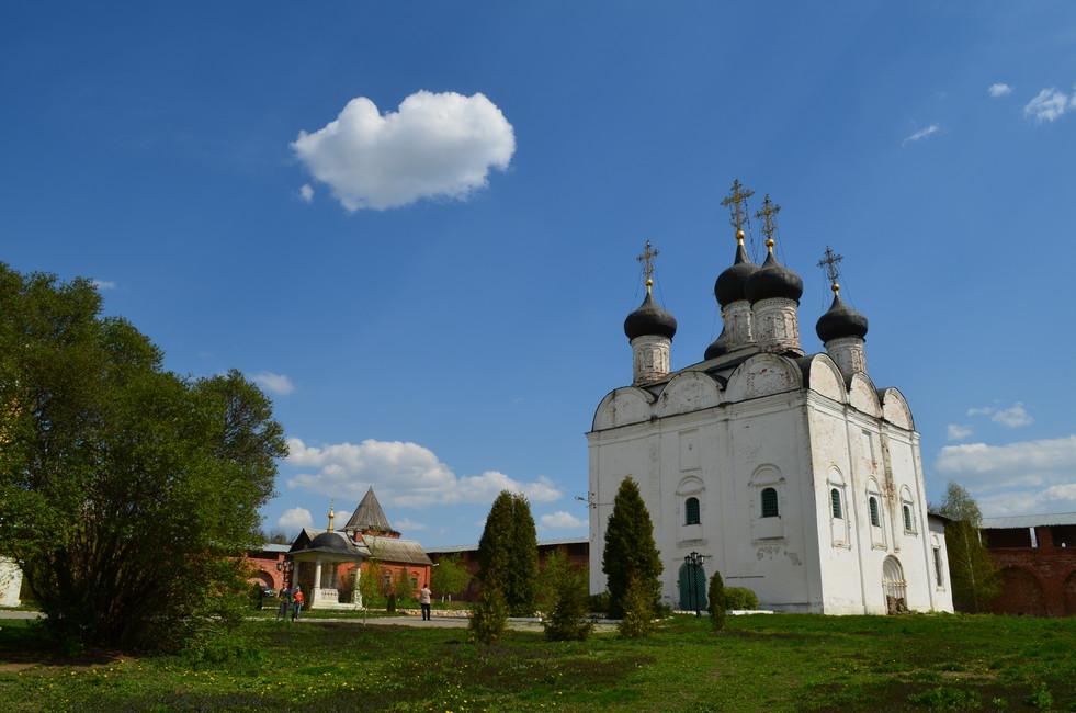 Никольский собор вЗарайске. Фото: Максим Шанин