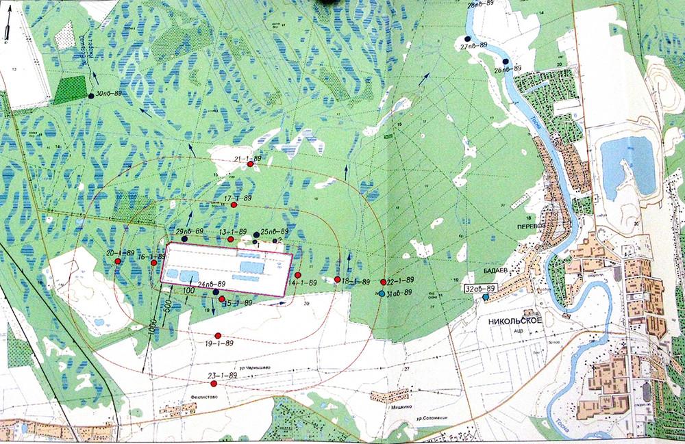 Жирной красной линией обозначена  граница полигона «Красный Бор». Источник: bellona.ru