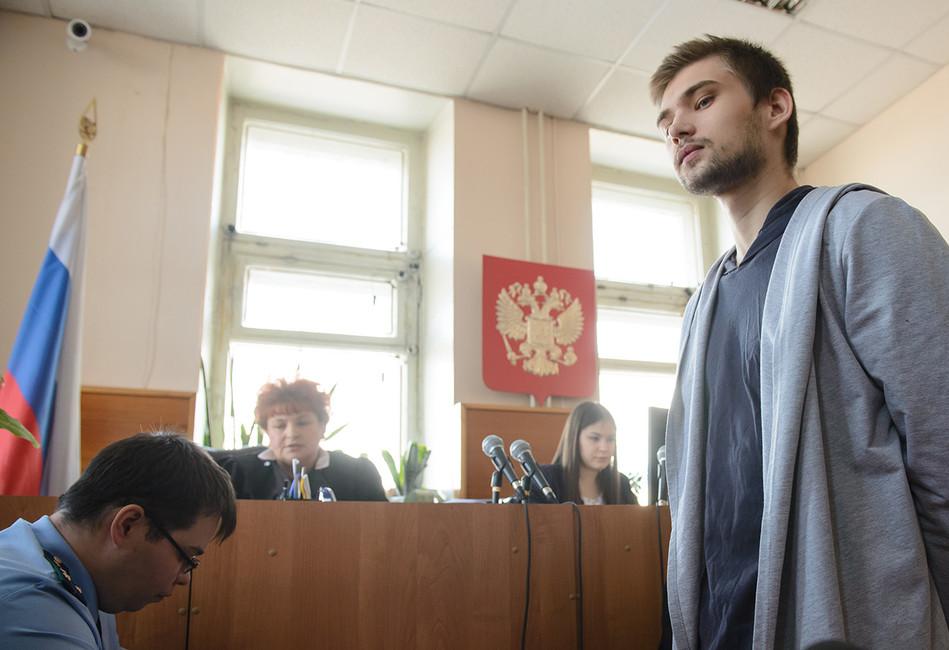 Так Покемонли Иисус? ВЕкатеринбурге начался суд над видеоблогером Русланом Соколовским