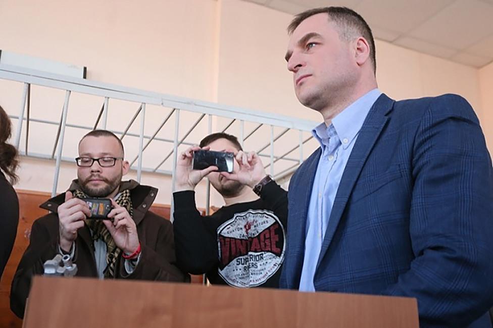 Максим Румянцев вовремя рассмотрения дела Руслана Соколовского. Фото: uralpolit.ru