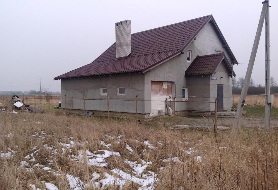 Калининград. Жителей загородных домов заставляют сносить собственные дома засвой счет