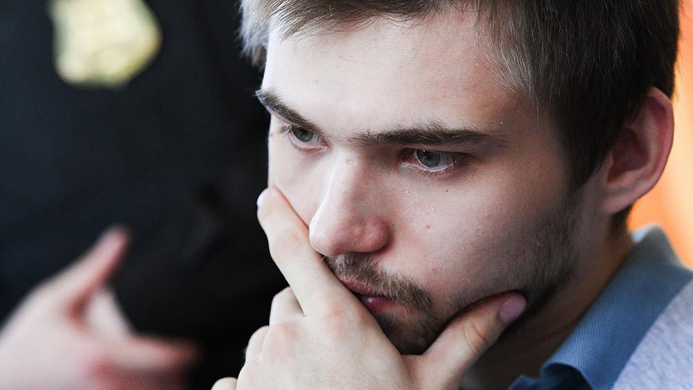Слезы верующих иобвинения ватеизме. Завершился допрос свидетелей обвинения поделу Соколовского