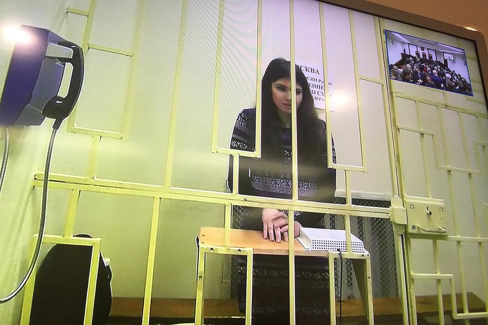 Варвара Караулова назаседании Верхновного суда, 22марта 2017. Фото: @sevaboiko