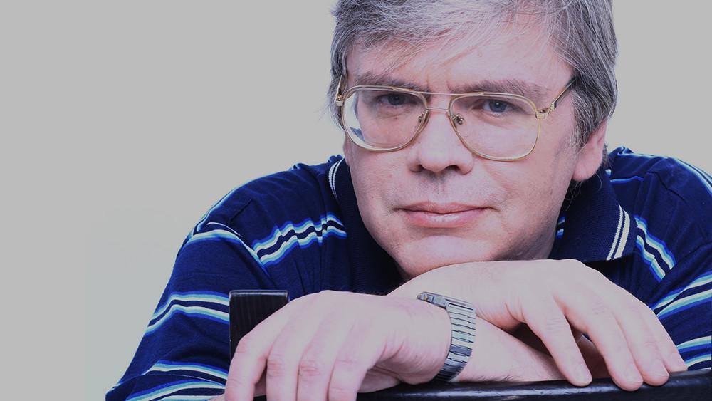 Красноярский преподаватель— отом, как его уволили после показа фильма «Онвам неДимон»