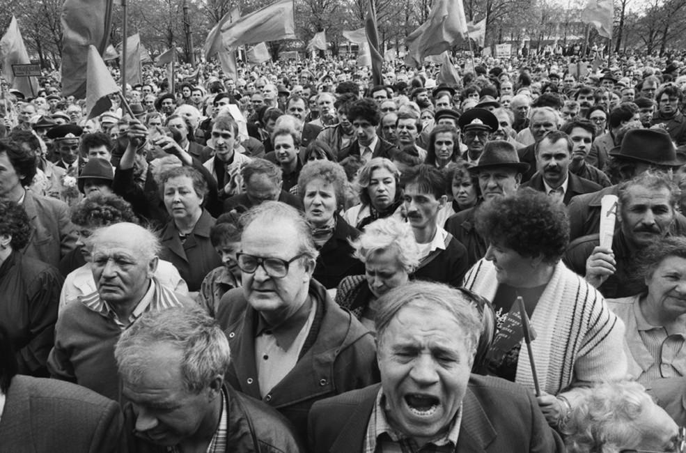 Митинг взащиту ГКЧП вМоскве, 1992год. Фото: Антонов Алексей/ Фотохроника ТАСС