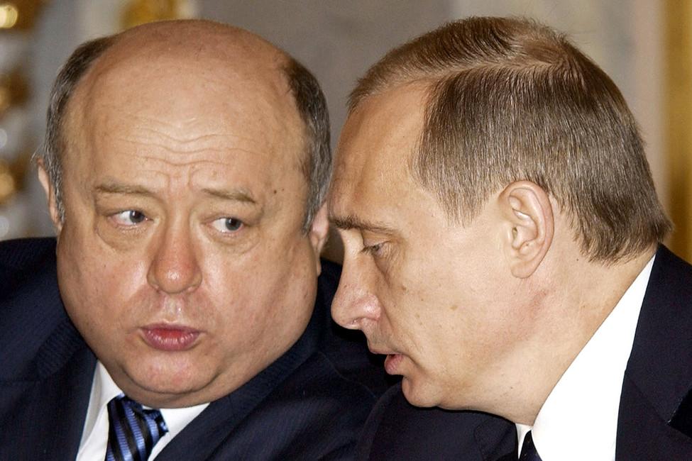 Премьер-министр Михаил Фрадков ипрезидент России Владимир Путин, 2005год. Фото: Reuters