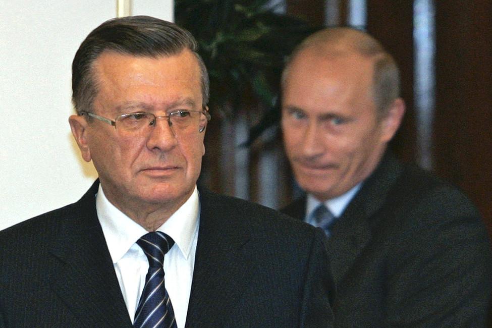 Премьер-министр Виктор Зубков ипрезидент России Владимир Путин, 2007год. Фото: Ria Novosti/ Reuters