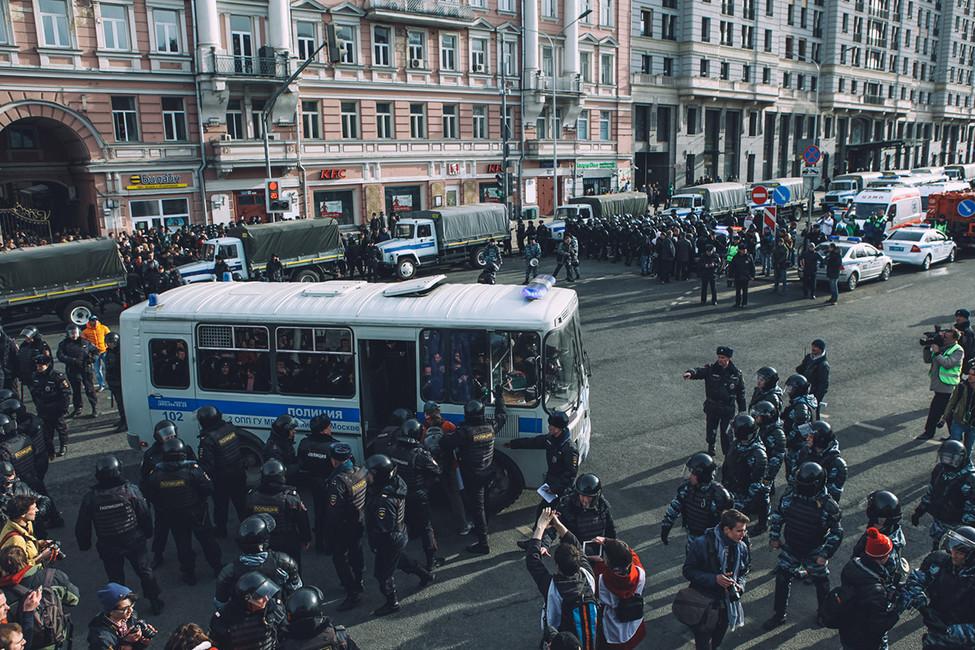 Задержания вовремя акции протеста против коррупции. Москва, 26марта 2017. Фото: Андрей Золотов/ Открытая Россия