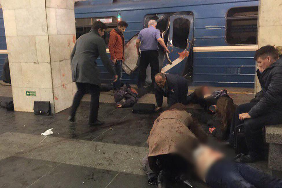 Cтанция метро «Технологический институт» впервые минуты после взрыва, 3апреля 2017. Источник: vk.com/spb_today