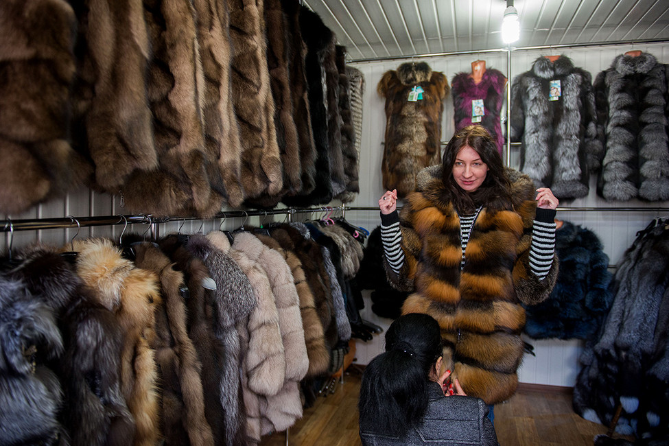 Шубный рынок впосёлке Хорошевском. Фото: Антон Подгайко