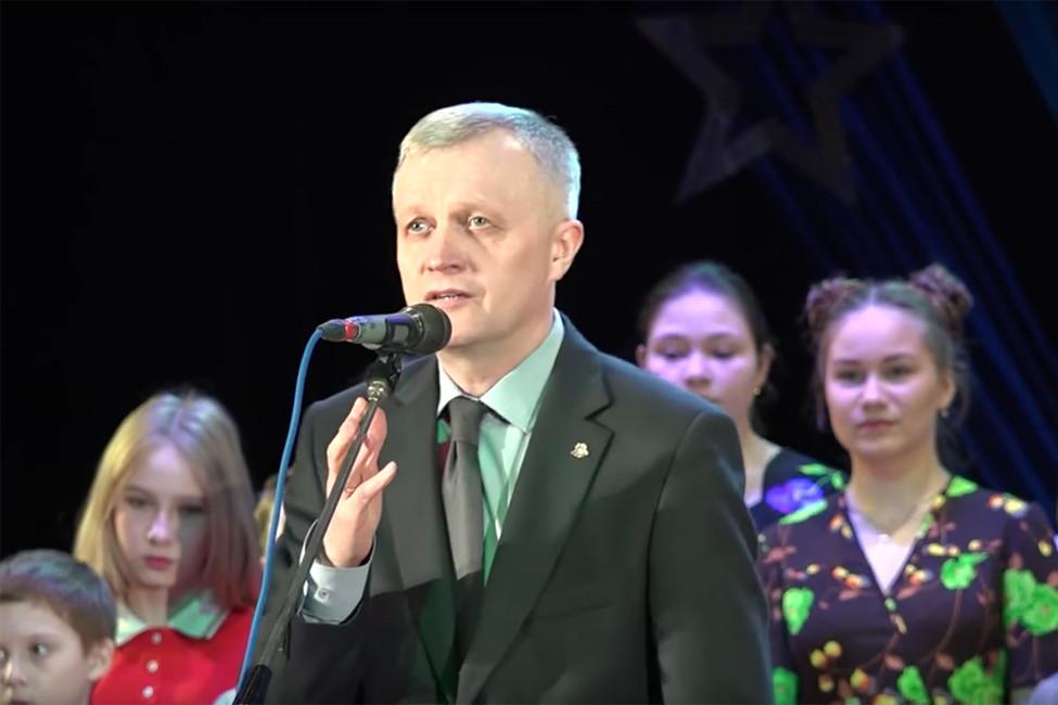 Мэр Красноуфимска предложил почтить память жертв теракта вСанкт-Петербурге «зажигательным смехом»