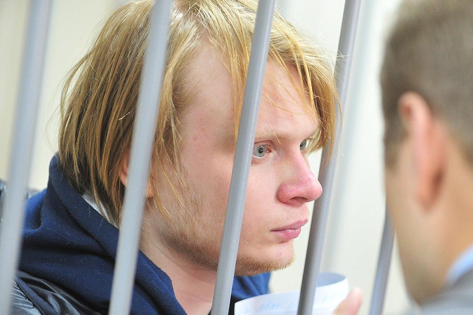 Абсурд, жестокость иСледственный комитет. Дело Дмитрия Богатова запять минут