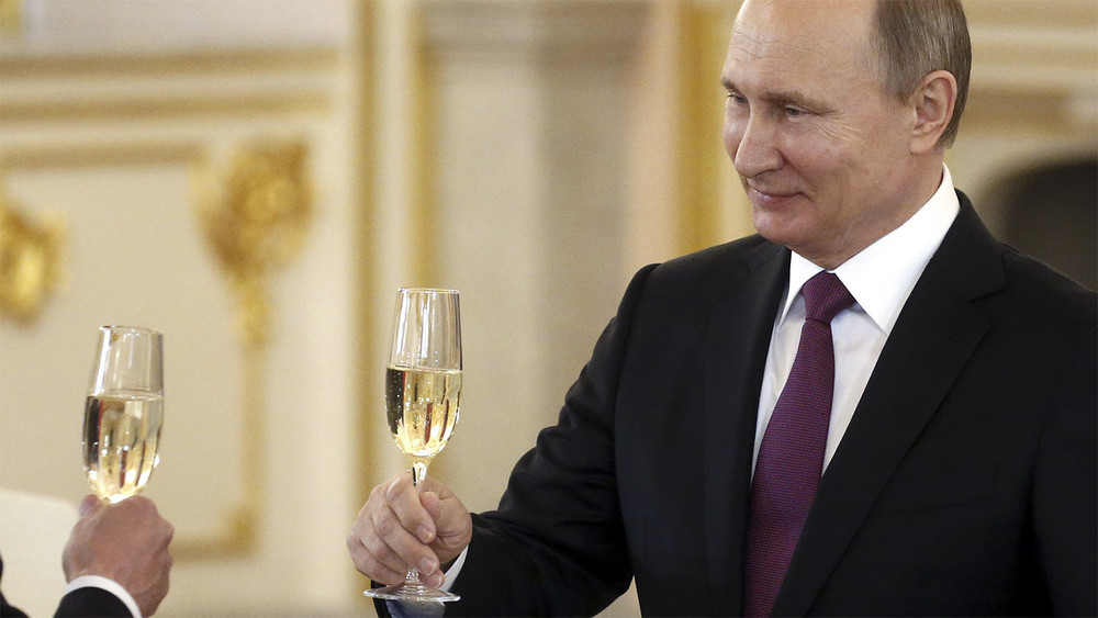 Станислав Белковский: «Сегодня тыможешь встречаться сПутиным, азавтра тебя арестуют»
