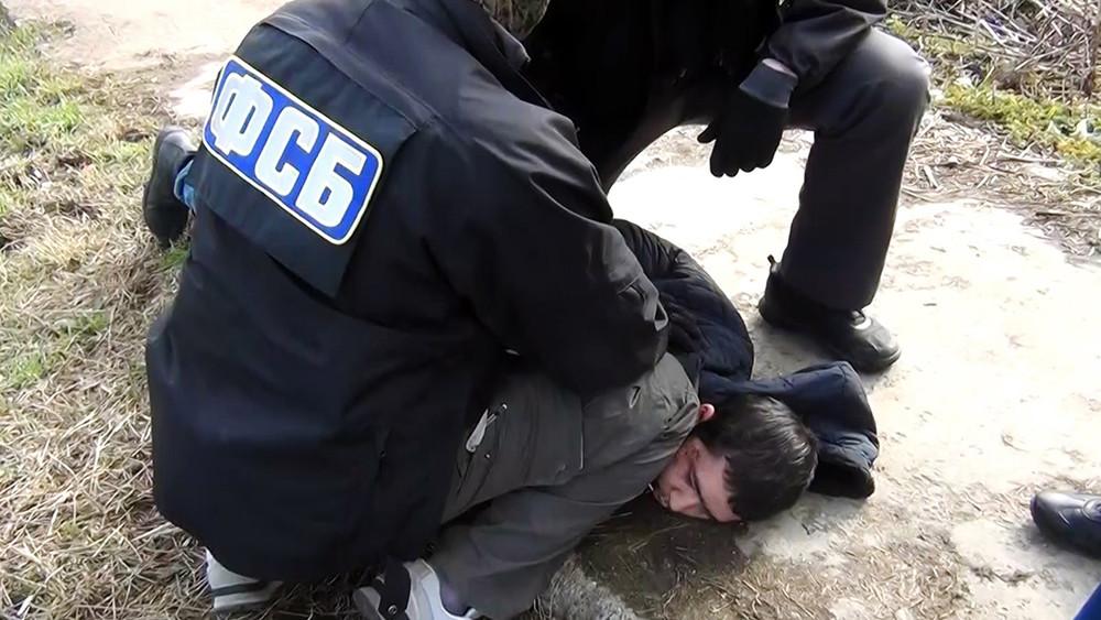 Задержан предполагаемый организатор теракта вметро. Что известно одругих подозреваемых?