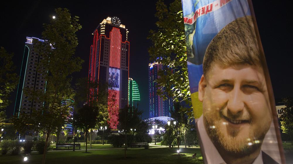 Эксперт поСеверному Кавказу: «Кадыров пытается консолидировать общество нагомофобной волне»