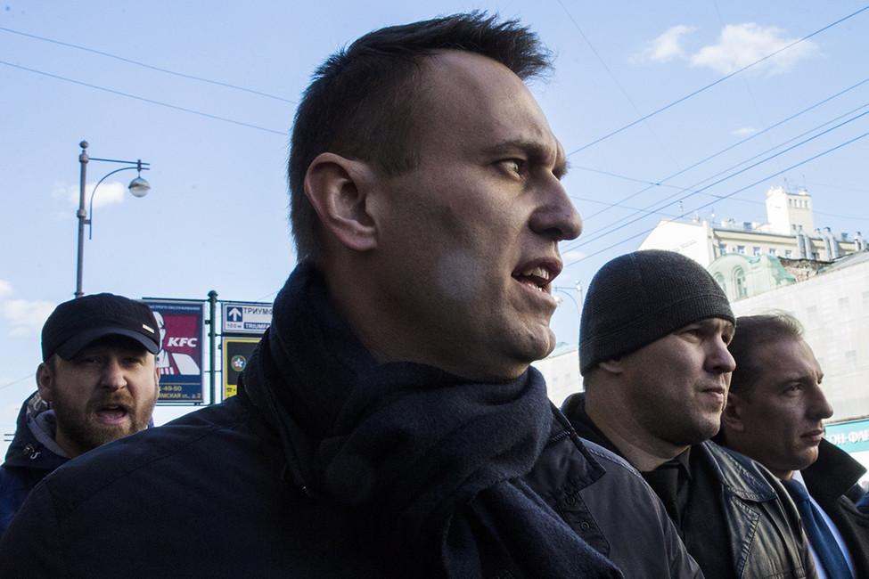«Борются как сГитлером». Кремль начал кампанию подискредитации Навального