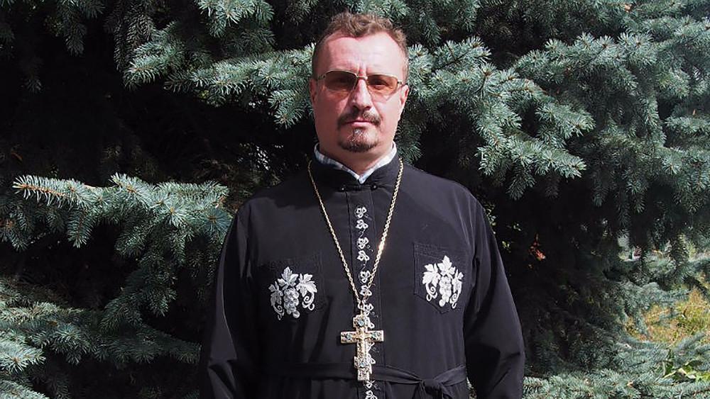 «Позиция прихожан растоптана». ВБрянской области местные жители защищают крымского священника отдавления епархии