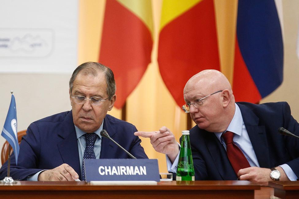 «Неучите нас демократии». Что известно оновом возможном постпреде России при ООН