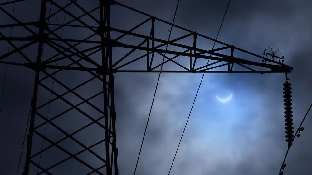 Заваш счет. Эксперт отом, как россияне платят запоставки электричества вЛНР