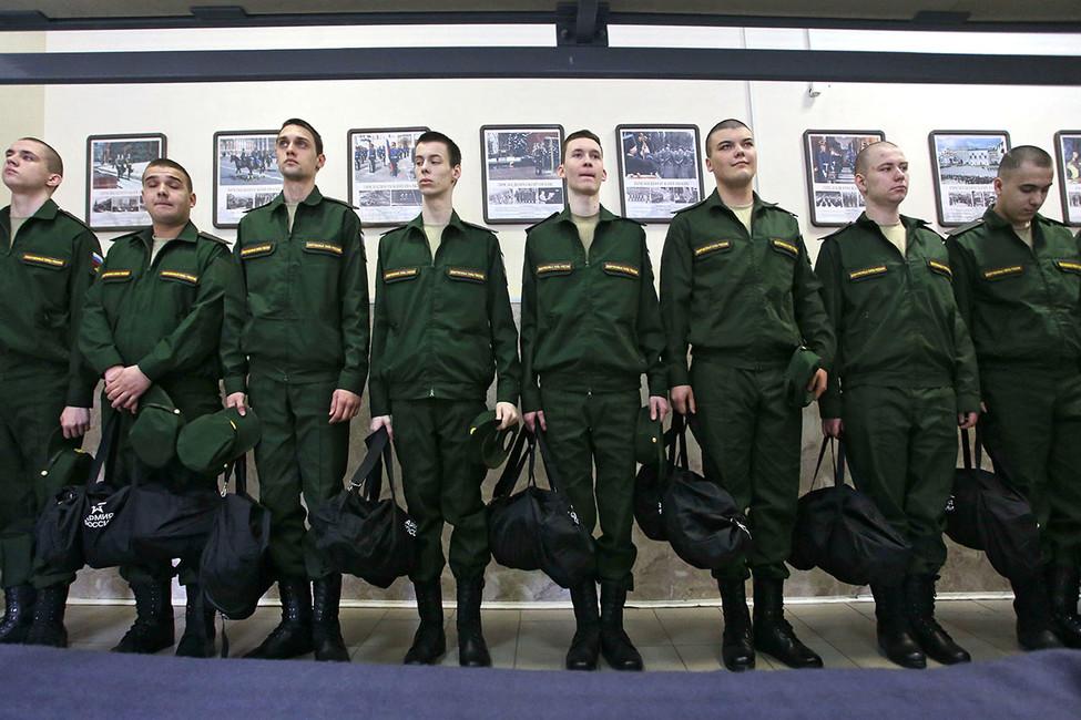 «Кто захочет уклониться, тот уклонится»: председатель комитета солдатских матерей России— оновом законопроекте Госдумы