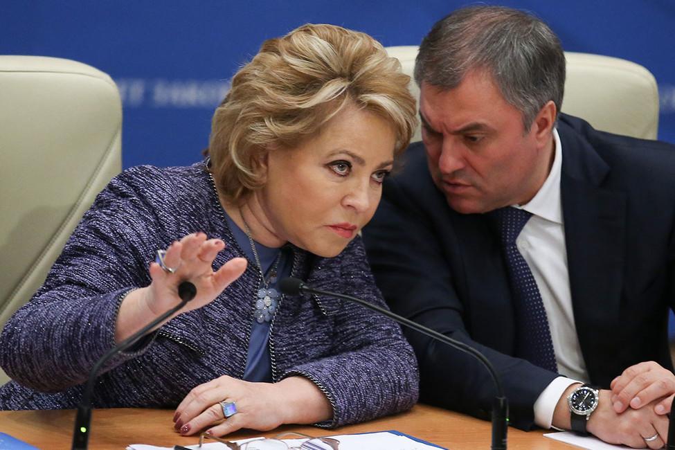 Дмитрий Орешкин: «Региональные власти будут смотреть наМоскву, открыв рот»