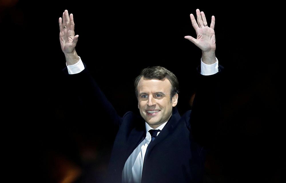 Избранный президент Франции Эмманюэль Макрон вовремя оглашения результатово выборов, 8мая 2017года. Фото: Christian Hartmann/ Reuters